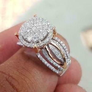 Round White Sapphire Wedding Ring size 9